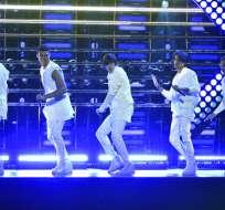CIUDAD DE MÉXICO, México.- El ecuatoriano se alista junto a sus compañeros para competir en los Latin American Music Awards. Foto: AP.