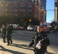 Informan que varias personas han sido víctimas en un tiroteo cerca de la calle Chamber. Foto: Twitter