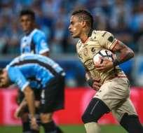 Jonathan Álvez anotó el único gol del compromiso en el Arena do Gremio. Foto: AFP