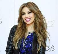 La cantante mexicana luce con la misma actitud jovial de sus mejores momentos.