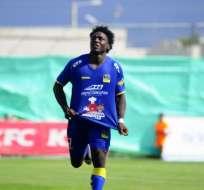El jugador Roberto Ordóñez quedó descartado en Delfín por una dolencia muscular.