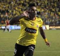Clubes de Brasil y México tendrían en la mira al delantero uruguayo Jonatan Álvez.