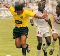 El boliviano jugó en los dos equipos del Astillero pero solo con Barcelona quedó campeón.