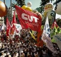 Una nueva ley laboral impulsada por Temer entrará en vigor el sábado. Foto: AFP