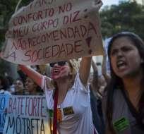 Las participantes de la manifestación marcharon por el centro de Rio de Janeiro. Foto: AFP