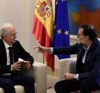 MADRID, España.- Ledezma fue recibido por el presidente del gobierno español, Mariano Rajoy, quien se ha destacado por su apoyo a opositores venezolanos de alto perfil. Foto: AFP.