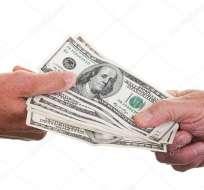 La agencia financiera considera que Ecuador podría incumplir con las deudas adquiridas en el mercado de capitales. Foto: Pixabay.