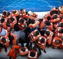Una mujer dio a luz en una de las embarcaciones, según organización Mission Lifeline. Foto: AFP