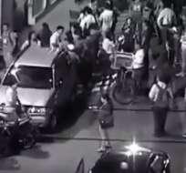 Evacuación de los alumnos de la Universidad Laica luego del temblor registrado en Guayaquil. Foto: CSCG