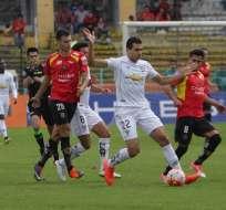Liga de Quito sumó de a tres en su visita al estadio Alejandro Serrano Aguilar.