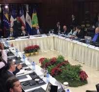 Detractores venezolanos y representantes del gobierno de Nicolás Maduro se reunirán nuevamente el 15 de diciembre. Foto: Twitter Nicolás Maduro.