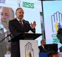 QUITO, Ecuador.- Richard Espinosa presenta dimisión luego de que la Contraloría ratificó su destitución de la entidad. Foto: IESS