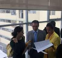 Legisladores se oponen a decreto por el que Moreno encargó vicepresidencia a Vicuña. Twitter: