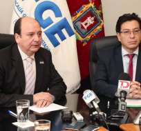 El ministro de Educación Fander Falconí presenta 74 nuevos sumarios administrativos para que Fiscalía inicie las investigaciones y se proceda con la judicialización de casos de abusos. Foto: @FiscaliaEcuador