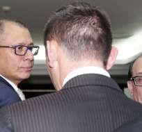 La ministra aclaró que si Jorge Glas deja de cargo igual se le brindará la seguridad. Foto: API