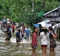 Tormenta se debilitó a depresión tropical aunque sigue arrojando intensas lluvias. Foto: AFP
