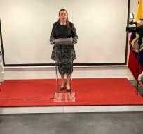 "Espinosa aseguró que España ""reconoció a la consulta popular como democracia directa"". Foto:  @mfespinosaEC"