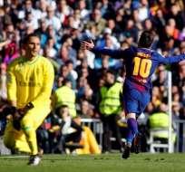 Lionel Messi puso la segunda de su equipo en el superclásico español y su gol 54 en la temporada.