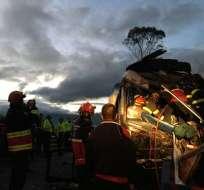 El choque de tres buses también dejó 28 heridos, según el ECU 911. Foto: ECU 911