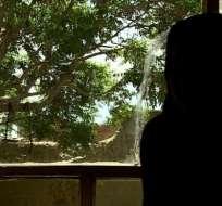 """Neda, de 18 años, fue forzada a una """"prueba de virginidad"""" por subirse a un coche con dos amigos."""
