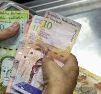 El sueldo básico queda en 248.510 bolívares, equivalentes a $74 a la tasa de cambio. Foto: referencial