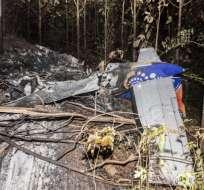 Costa Rica.- Una avioneta se estrelló en una zona boscosa de este país causando la muerte de 12 personas. Foto: AFP