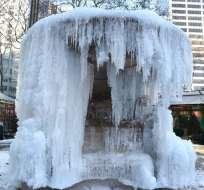 NUEVA YORK, Estados Unidos.- Varias ciudades de Norteamérica se congelaron durante las festividades de año nuevo. Foto: AFP