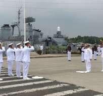Guayaquil.- En la Base Naval Sur se realizó el relevo de tres oficiales a contraalmirante. Foto: Twitter Ministerio de Defensa Ecuador
