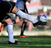 La FEF sancionará al jugador que escupa a un rival durante un partido.