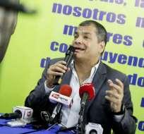 Correa se reunió con militantes de su partido y visitó sectores populares de Guayaquil. Foto: @EcuadorRC