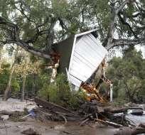 Se reportan 28 heridos; 30.000 personas fueron evacuadas. Foto: AP