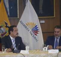 El presidente de la Asamblea Nacional, José Serrano, recibió el proyecto. Foto: API