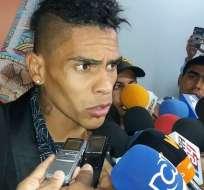 El delantero charrúa Jonatan Álvez llegó a Barranquilla para sumarse al Junior.
