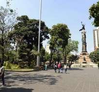 GUAYAQUIL, Ecuador.- Ciudadanía ha manifestado su inconformidad con la medida. Foto: