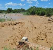 SALTA, Argentina.- Las lluvias y posterior desbordamiento del río Pilcomayo ha dejado aisladas a miles de personas. Foto: El Clarín