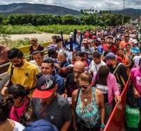 """CÚCUTA, Colombia.- El presidente Juan Manuel Santos manifestó que la migración masiva de venezolanos es """"un problema que hay que enfrentar con pragmatismo"""". Foto: AFP"""