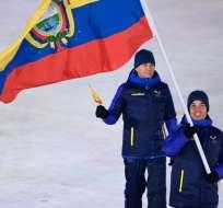 PYEONGCHANG, Corea del Sur.- Klaus Jungbluth mientras desfilaba en la ceremonia de inauguración de los Juegos Olímpicos de Invierno 2018. Foto: AFP