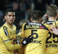El ecuatoriano jugó 82 minutos en el empate de su equipo, Lokeren, con el Sporting Charleroi. Foto: Tomada de la cuenta Twitter @KSCLokeren