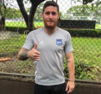 Rodrigo Espinosa afirmó que ese hecho aleja más al fútbol ecuatoriano del juego limpio. Foto: Tomada de la cuenta Twitter @CSEmelec