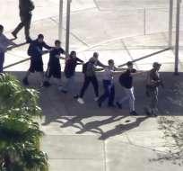 El incidente se produjo en una escuela secundaria de Parkland, en la zona sur del estado. Twitter AP