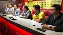 Matías Oyola (c.) tendrá un homenaje por su partido 300 con la camiseta de Barcelona. Foto: Tomada de la cuenta Twitter @BarcelonaSCweb