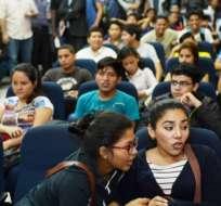 Los estudiantes deberán ingresar a la plataforma www.serbachiller.ec para crear su cuenta. Foto: Archivo