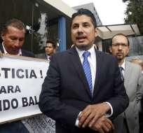 Fernando Balda ingresa a la Fiscalía General del Estado a rendir versión sobre su secuestro. Fotos: API.