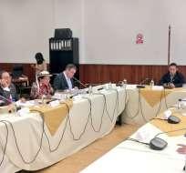 Integrantes de mesa legislativa esperan revisar el tema el martes 6 de marzo de 2018. Foto: Twitter @AsambleaEcuador