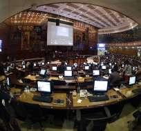 El fiscal Baca y el titular del Legislativo comparecieron ante el Pleno del Legislativo. Foto: API
