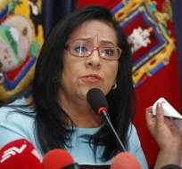 Ante Pleno de Asamblea, Carlos Baca Mancheno cuestionó a Thania Moreno. Foto: Archivo API