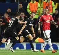 Sevilla eliminó en Old Trafford al Manchester United que tuvo a Antonio Valencia como capitán.