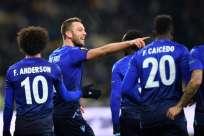 El defensa Stefan de Vrij convirtió el segundo gol de Lazio. Foto: AFP