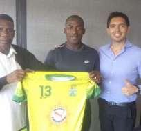 El lateral Neicer Reasco seguirá vigente en el fútbol ecuatoriano, jugará en la segunda categoría.