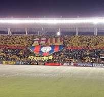 Barcelona apela nuevamente a la hinchada para saldar una deuda vencida.